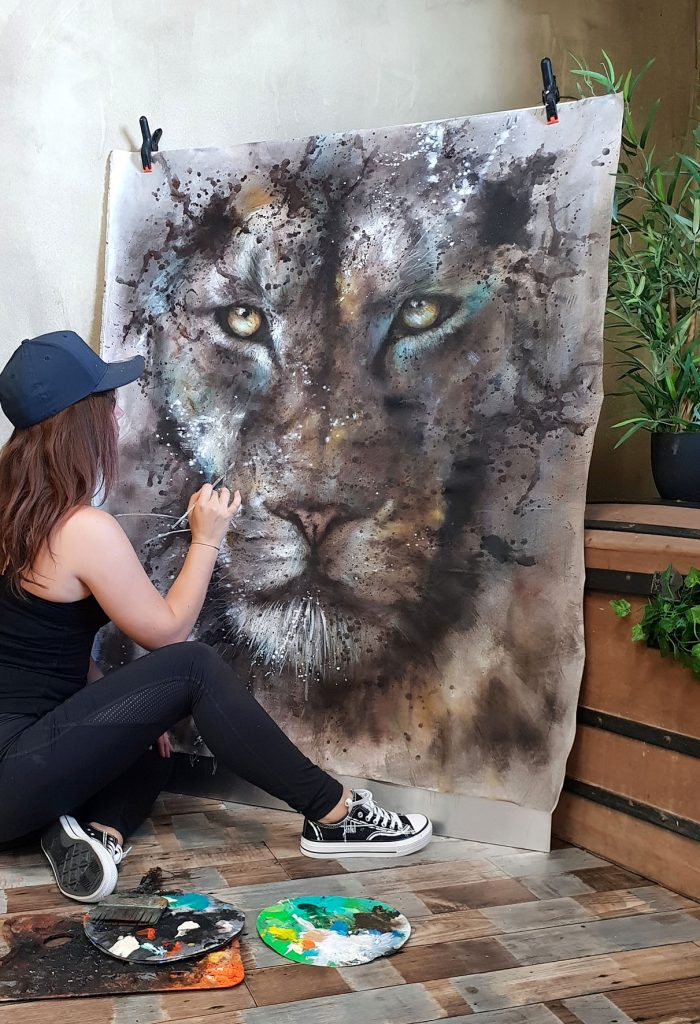 Sandrot sensibilise à la nature avec des peintures d'animaux